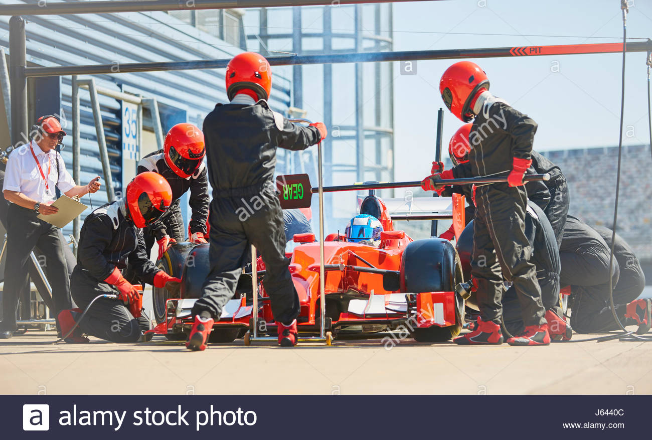 Pit Crew Replacing Tires On Formula One Race Car In Lane J6440c Disassembly Stock Photos Images Alamy Read Our Free White Paper
